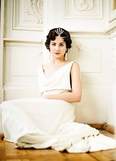 Tuppence Middleton in'War and Peace' (2016). x