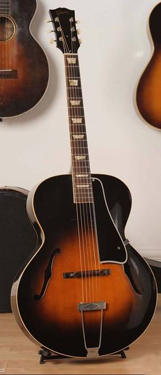 1952 Gibson L - 50 Archtop
