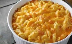 Homemade Baked Mac n Cheese. Ingredients: 1 tablespoons butter 3 tablespoons flour 2 cups milk, hot (not boiling) 1 1 ⁄ 4 cups grated American cheese 1 . Baked Macaroni, Macaroni Cheese, Mac Cheese, Cheddar Cheese, Pasta Cheese, Cheese Food, Macaroni Pasta, Creamy Mac And Cheese, Mac And Cheese Homemade