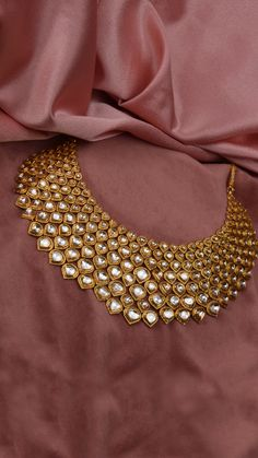bridal jewelry for the radiant bride Indian Wedding Jewelry, Indian Jewelry, Pakistani Jewelry, Traditional Indian Jewellery, Stylish Jewelry, Fashion Jewelry, Ring Verlobung, Schmuck Design, Necklace Designs