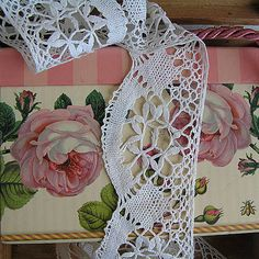 Vintage ivory lace 1940s  Accessories Womens lace by MyWealth, $12.50