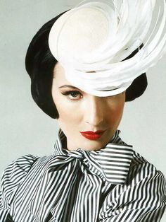 Dita Von Teese's Beauty Secrets and Must-Haves | Makeup For LifeMakeup For Life
