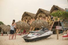 Isla Baru beach hut - close to Cartegena, only $50/night
