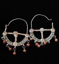 Northern India   Earrings; silver, coral and turquoise   The design says much about their Muslim origins   275€