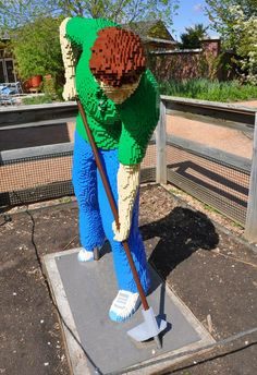 Amazing Garden Sculptures Made with LEGO Bricks at Reiman Gardens : TreeHugger