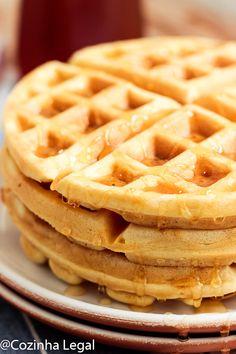 Waffle americano fofinho e crocante: receita americana • Cozinha Legal Waffle Americano, Pancakes And Waffles, Crepes, Biscotti, Tatoos, Low Carb, Sweets, Bread, Snacks