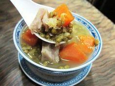 Chinese Dessert: Green Bean & Sweet Potato Soup