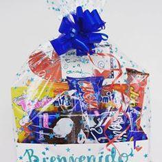 Regalos con Amor ♥ (@tuenvoltorioideal) • Fotos y videos de Instagram Snack Recipes, Snacks, Pop Tarts, Hanukkah, Packaging, Wreaths, Instagram, Home Decor, Love Gifts
