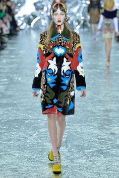Get inspired and discover Mary Katrantzou trunkshow! Shop the latest Mary Katrantzou collection at Moda Operandi. London Fashion Weeks, Milan Fashion, Runway Fashion, Fashion 2016, Fast Fashion, Fashion News, Fashion Show, Fashion Design, Couture Mode