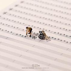 """. 12.23 fri """"Dig up the song"""" . 隠れた名曲を掘り起こす . #畑 #収穫 #楽譜 #field #harvest #MusicalScore . —————— 『Robotic Art in Ginza ものづくりロボットと創るアートの世界』 METoA Ginzaにて開催中、同会場にてフォトコンテストもやってます #詳細はプロフィールのurlから ."""