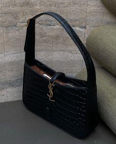 Ysl Bag, Big Bags, Mini Purse, Backpack Purse, Hobo Bag, Back To Black, Beautiful Bags, Louis Vuitton Damier, Luxury Branding