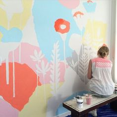 Kids' Room Ideas: Creating a Mural from Wallpaper Art Mural, Wall Murals, Nursery Decor, Wall Decor, Greenhouse Interiors, Vintage Interiors, Arte Pop, Wall Wallpaper, Wall Colors