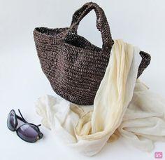 {Crochet Raffia Bag}