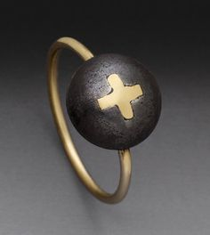 Click to enlarge image. Peg Fetter Cross Ring