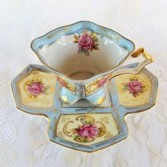 Very Rare Royal Sealy Tea Cup and Saucer Square Cup Square Antique Tea Cups, Vintage Cups, Crystal Stemware, China Tea Sets, Teapots And Cups, Teacups, My Cup Of Tea, Tea Cup Saucer, Tea Party