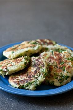 Mashed Potato Spinach Patties - looks yummy! via edible perspective