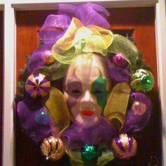 Mardi Gras mesh wreath with big face