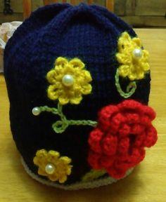Gorrita de flores para niña (color azul)
