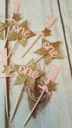 Twinkle Twinkle Little Star Cupcake Toppers Girl by LabelMeJody First Birthday Cupcakes, 1st Birthday Party For Girls, Birthday Ideas, First Year Birthday, Princess First Birthday, Twinkle Star Party, Twinkle Twinkle Little Star, Gold Party, 1st Birthdays