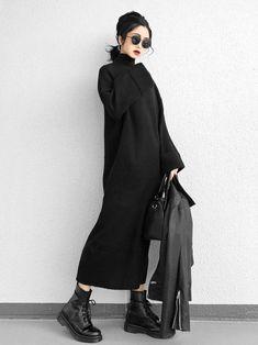 Discount Womens Clothing Canada Source by clothes canada Monochrome Fashion, Dark Fashion, Asian Fashion, Minimalist Fashion, 50 Fashion, Cheap Fashion, Fashion Styles, Mode Turban, Discount Womens Clothing