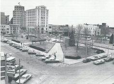 1978 Mansfield square