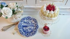 Blue Delft Holland Scene Dollhouse by Twelvetimesmoreteeny on Etsy