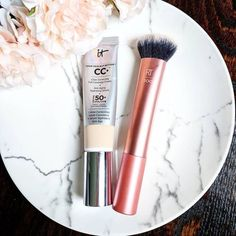 A couple of my current faves - the CC cream is amazing! Blends like a dream for the most gorgeous skin-like finish. Makeup Blog, Beauty Makeup, Drugstore Eyeshadow Palette, Morning Makeup, Becca Cosmetics, Lipstick Collection, Cc Cream, Makeup Set, Aesthetic Makeup