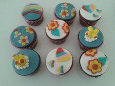 Cupcakes Beetles - Yellow Submarine - Drucka Machado Bolos - www.facebook.com/druckamachadobolos