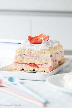 Kuchen mit Erdbeeren für den Sommer
