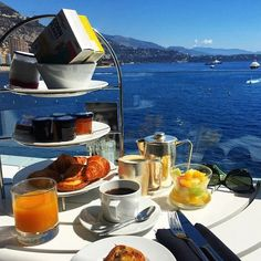 Delicious breakfast at Saphir24 ! #Breakfast #Sunday #FairmontMonteCarlo #Saphir24 #Food #View #SeaView