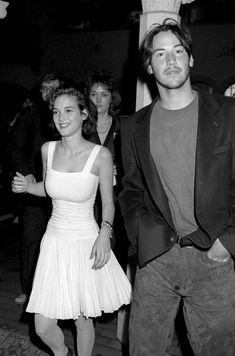 Winona Ryder & Keanu Reeves at The Spirit Awards, 1989 Sarah Jessica, Jessica Parker, Pretty People, Beautiful People, Winona Forever, Estilo Hippy, Johny Depp, Keanu Charles Reeves, I Love Cinema