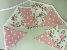 8 flags of this gorgeous alternating vintage floral cotton and large pink Polka Dotted cotton fabric. This is the big sister in size to the