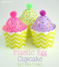 Plastic Easter Egg Cupcake Decorations craft idea by Club Chica Circle