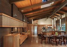Casa prefabricada madera moderna finlandesa nordica ecologica salón #casasecologicasideas