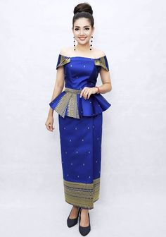 African Fashion Dresses, African Attire, Fashion Outfits, Traditional Wedding Dresses, Traditional Outfits, Filipiniana Dress, Pattern Draping, Thai Fashion, Thai Dress