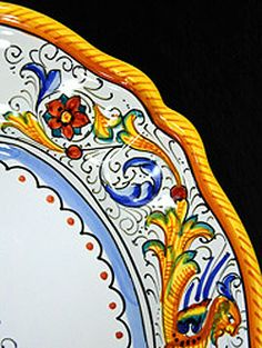 Deruta pottery. One of my favorite patterns!