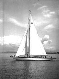 lazyjacks:Royal Vancouver Yacht Club, showing Harold Jones and others on boardSpirit, June 1946City of Vancouver Archives, AM1545-S3-: CVA 586-4414