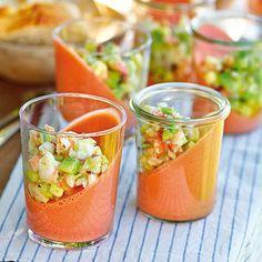 Schräger Tomatenpudding - viel zu viel Sahne!!! Wenn überhaupt so viel, dann 1/2 Sahne. Lecker.