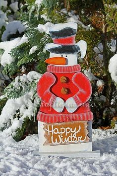 """Wood Crafts with free Patterns - Christmas Scrollsaw Project - Wooden Snowman """"Snowflakes for Sale"""""""