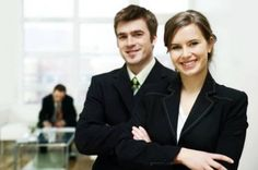 Here's what you need to know to dress in business formal attire in a professional workplace. You'll find a business formal attire sample dress code. Dress Code Policy, Dress Codes, Business Formal, Business Attire, Business Visa, Online Business, Inbound Marketing, Digital Marketing, Work In Denmark