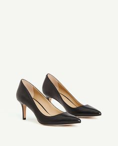 2655492c9308 Thumbnail Image of Color Swatch 6600 Image of Eryn Leather Kitten Heels