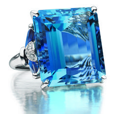 Oscar Heyman Aquamarine, sapphire and diamond ring. This is my dream ring! I've searched the OHB archives and haven't been able to find an image this fantastic of this ring....