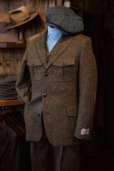 Harris Tweed Jacket, Tweed Waistcoat, Tweed Trousers, Trouser Suits, Gray Jacket, Suit Jacket, Safari Jacket, Duffle Coat, Three Piece Suit