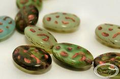 Fruit stones 17 X 13mm shine/capri  Le gasesti pe : www.sertarulcumargele.ro
