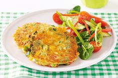 Vegetable fritters -- These kid-friendly fritters are full of veggies and can easily be packed into a lunchbox. Vegetable Recipes, Vegetarian Recipes, Cooking Recipes, Healthy Recipes, Quick Recipes, Fall Recipes, Healthy Food, Dinner Recipes, Yummy Food