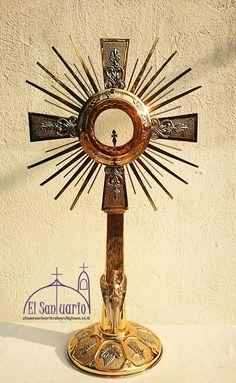 Monstrance eucharistic