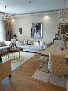 "Açık Renkleri Çok Seven Bu Ev İçin Aynalar ""Vazgeçilmez"" Classy Living Room, Decor Home Living Room, Living Room Sofa Design, Home Room Design, Dining Room Design, Home Interior Design, Home And Living, House Rooms, Art Deco"