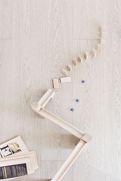 Tammiparketti - Timberwise det perfekta golvet ekplank vitt med gråtoner