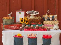 Barnyard Buddies Brunch - Giggles Galore This blog post is so adorable and great ideas