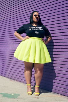 40 nützliche und sexy große Oberschenkel Outfits, Nü Thick Girl Fashion, Curvy Women Fashion, Look Fashion, Plus Size Fashion, Womens Fashion, Fashion Black, Fashion Ideas, Fashion Jobs, Fashion Quotes